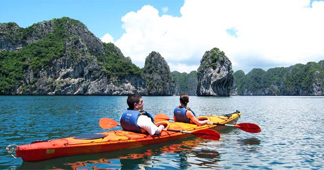 Tour Vịnh Hạ Long - Tuần Châu 2 Ngày 1 Đêm
