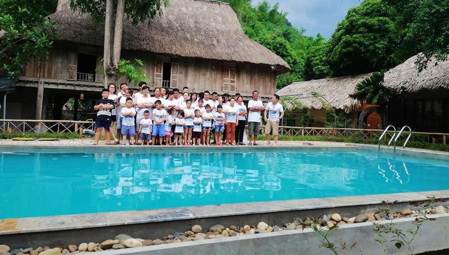 hồ bơi ở mai châu farmstay