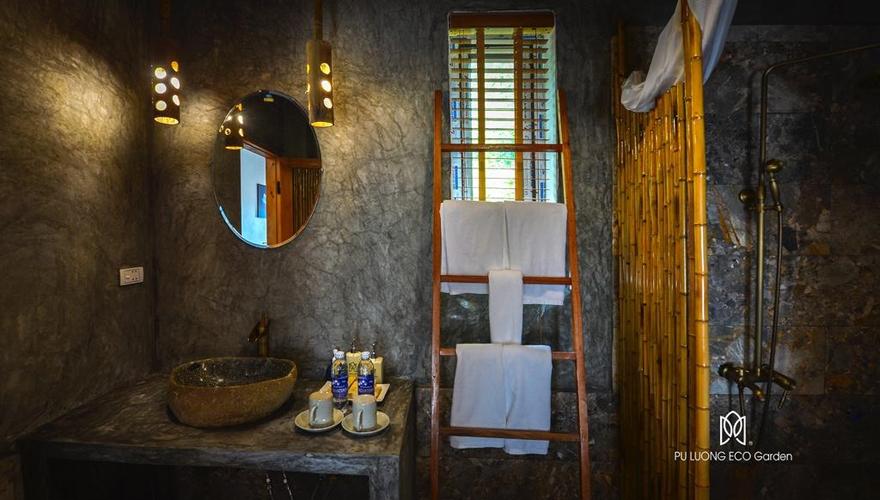 Pu Luong Eco Garden bath room