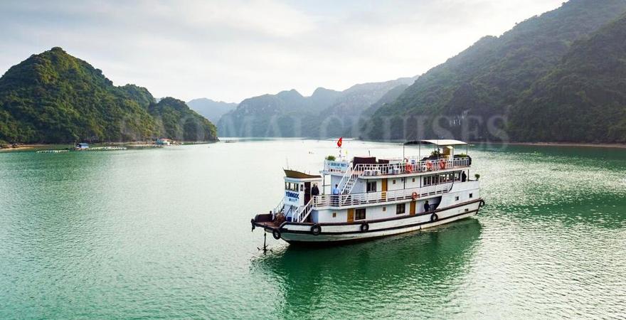 du thuyền sao mai - saomaitourist